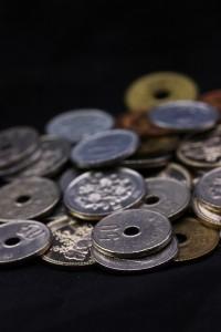 低所得者の消費行動を調査 その共通点とは?