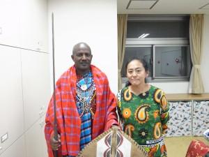 「マサイの戦士は一夫多妻でも性に淡白」日本人女性×マサイ族夫婦を直撃