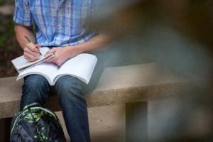 """奨学金滞納者のブラックリスト化は学生にとって""""教育的に有意義""""だから"""