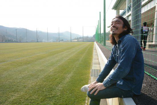 サッカー 安彦